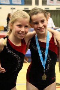 Schitterende prestaties van onze keurgroep- meisjes Emma & Ijin